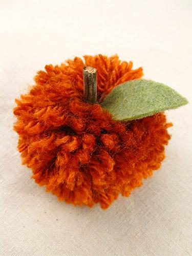 Pom-pom-pumpkin1